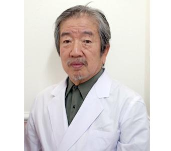 カウンセリングを担当する吉田院長